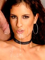 Leanna Sweet creamed by two dicks on her face